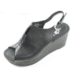 Crown Vintage Womens Size 6 Black Wedge Sandals